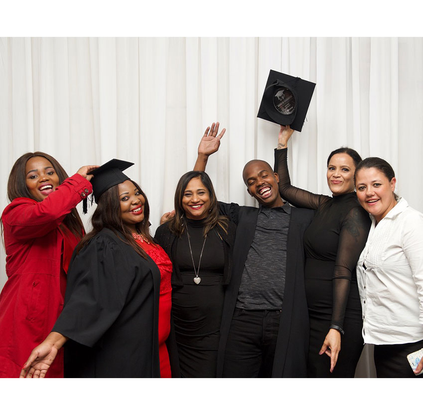 MENTORSHIPS AND LEARNERSHIPS